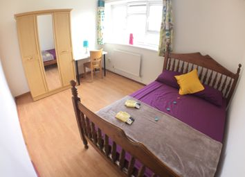 Thumbnail 4 bed flat to rent in Bruce Road, Bow
