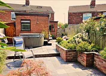 Thumbnail 2 bed semi-detached house for sale in Gillshill Road, Hull