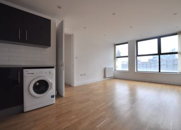 Thumbnail 1 bed flat to rent in Holywell Lane, London