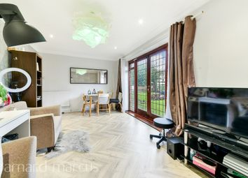Thumbnail Flat for sale in Mayford Close, London