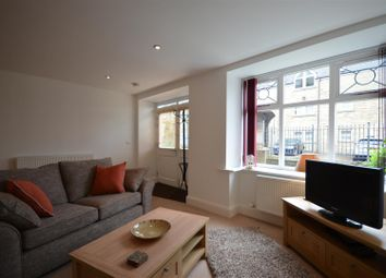 1 bed flat to rent in Prescott Street, Halifax HX1