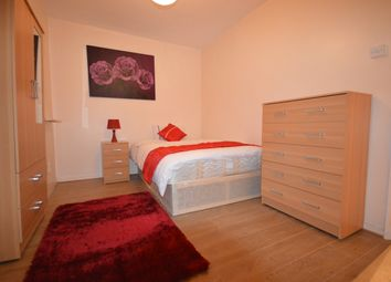 Thumbnail Room to rent in Hargraves House, White City Estate
