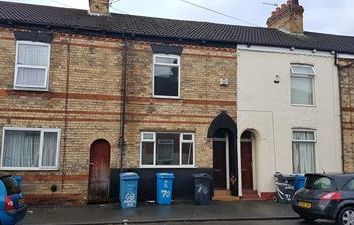 Thumbnail Commercial property for sale in 70 Princes Road, Hull, East Yorkshire
