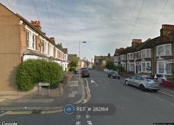 Thumbnail Room to rent in Blagdon Road, London