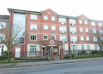 1 bed property for sale in Glen Luce Turners Hill, Cheshunt, Waltham Cross, Hertfordshire EN8