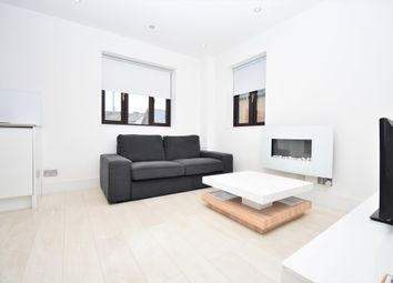 1 bed flat for sale in Swan Court, Newbury RG14