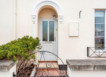Thumbnail 4 bed flat to rent in Lypiatt Street, Cheltenham