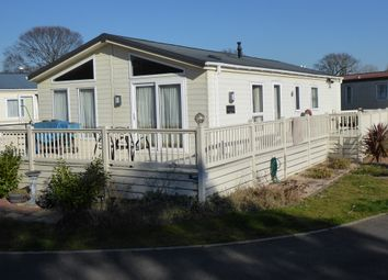 3 bed mobile/park home for sale in Highfield Grange Leisure Park, London Road, Clacton On Sea, Essex CO16