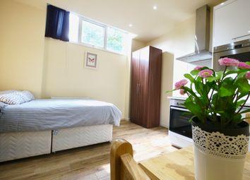 Thumbnail Studio to rent in St Pauls Avenue, Willesden Green