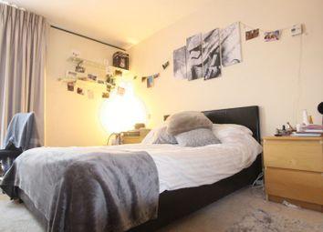 Room to rent in Albert Embankment, London SE1