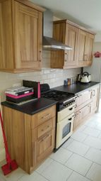 Thumbnail 2 bedroom terraced house to rent in Ridgway Road, Luton