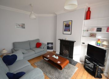 Thumbnail 3 bed property to rent in Victoria Way, London