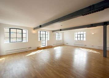 Thumbnail 2 bed flat to rent in Garrett Street, London