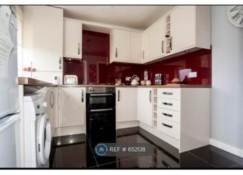 Thumbnail 2 bed flat to rent in Chisholm Place, Grangemouth