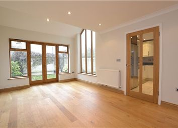 Thumbnail 6 bed detached house for sale in Compton Way, Witney