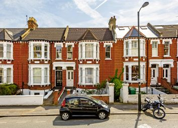 Thumbnail 3 bed flat for sale in Woodside, London