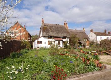 Thumbnail 2 bed cottage for sale in Main Street, Twyford, Buckinghamshire