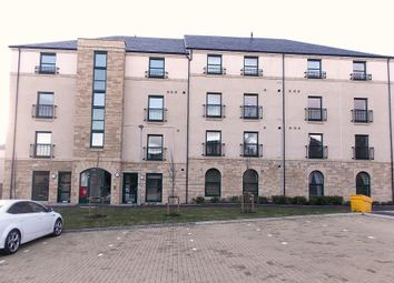 Thumbnail 3 bed maisonette to rent in Lady Campbells Court, Dunfermline