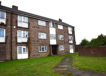 Thumbnail 2 bed flat for sale in Queens Gardens, Dartford