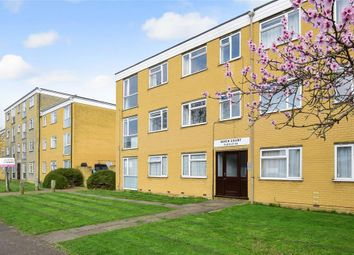 Thumbnail 2 bedroom flat for sale in Thicket Road, Sutton, Surrey