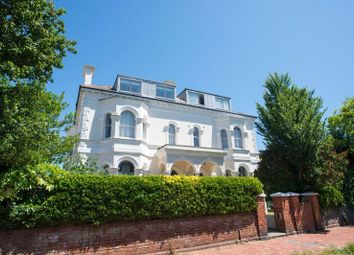 Thumbnail 1 bed flat to rent in Farncombe Road, Worthing, West Sussex
