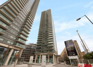 Thumbnail 1 bed flat to rent in 22 Marsh Wall, Canary Wharf, London