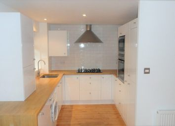 2 bed flat to rent in Old Mill Gardens, Berkhamsted, Hertfordshire HP4