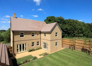 Thumbnail 5 bed detached house for sale in Meadow Way, Wing, Leighton Buzzard
