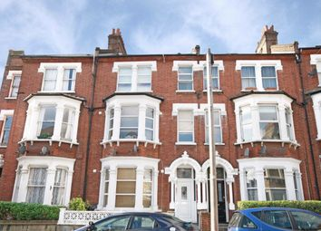 2 bed flat to rent in Tremadoc Road, London SW4