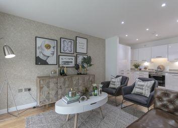 Thumbnail 2 bed flat to rent in Austin Street, London