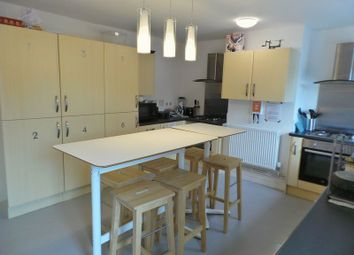 1 bed detached house to rent in Cheney Manor Road, Swindon SN2