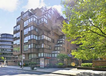 Thumbnail 2 bed flat for sale in Beverly House, London