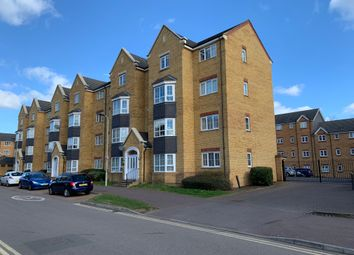 2 bed flat to rent in Henley Road, Bedford MK40