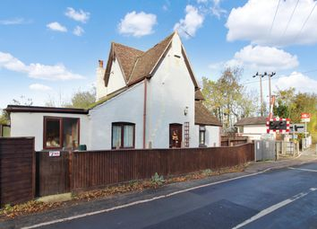 Thumbnail 3 bed detached house to rent in Station Road, White Notley, Witham
