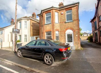 Thumbnail 3 bed detached house to rent in 7 Trafalgar Road, Winton