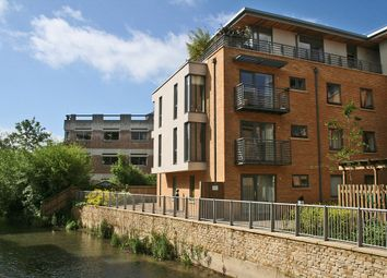 Thumbnail 1 bedroom flat for sale in Woodin's Way, Oxford