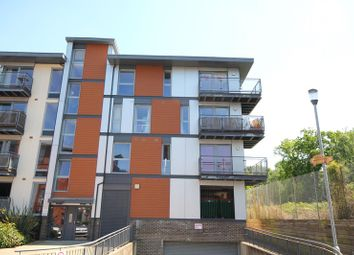 Thumbnail 2 bed flat for sale in Commonwealth Drive, Crawley