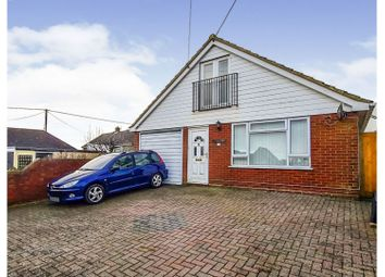 Alexandra Road, Folkestone CT18. 3 bed detached house for sale