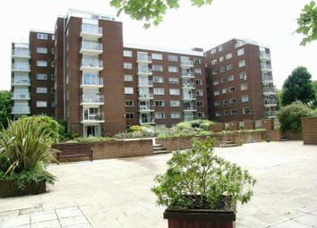 Thumbnail 1 bed flat to rent in Hillcrest Road, Ealing, London