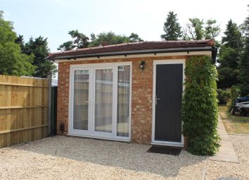 Thumbnail 1 bed detached house to rent in Rutland Avenue, High Wycombe