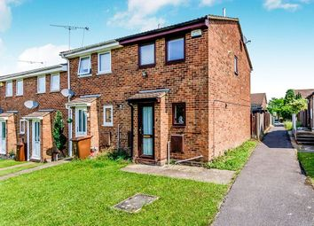2 bed property to rent in Flamingo Close, Chatham ME5