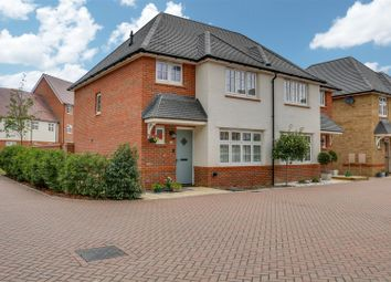 3 bed semi-detached house for sale in Rose Street, Benfleet SS7