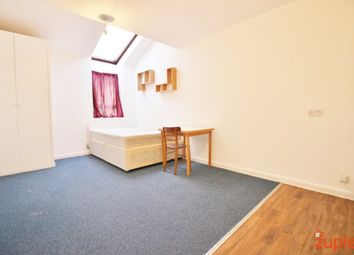 Thumbnail Studio to rent in Russell Road, London