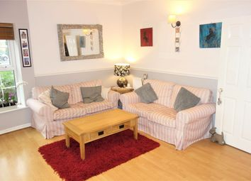 Thumbnail 2 bed flat to rent in Llwyn Passat, Penarth