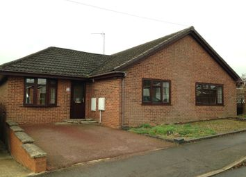 Thumbnail 3 bed detached bungalow to rent in Wesley Drive, Banbury