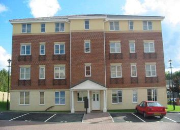 Thumbnail 1 bed flat to rent in Elbow Street, Cradley Heath, West Midlands
