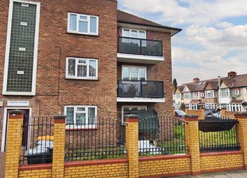 Thumbnail 2 bedroom flat for sale in Langdon Crescent, London