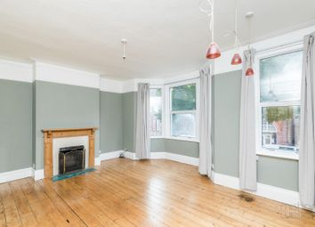 Connaught Road, Hove BN3. 2 bed maisonette