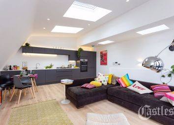 Thumbnail 2 bed detached house for sale in Dashwood Road, London
