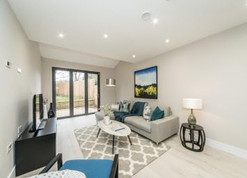Thumbnail 3 bed property for sale in Mortlake Road, Kew